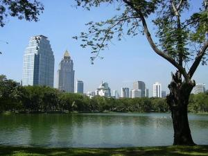 lumphini park run bangkok
